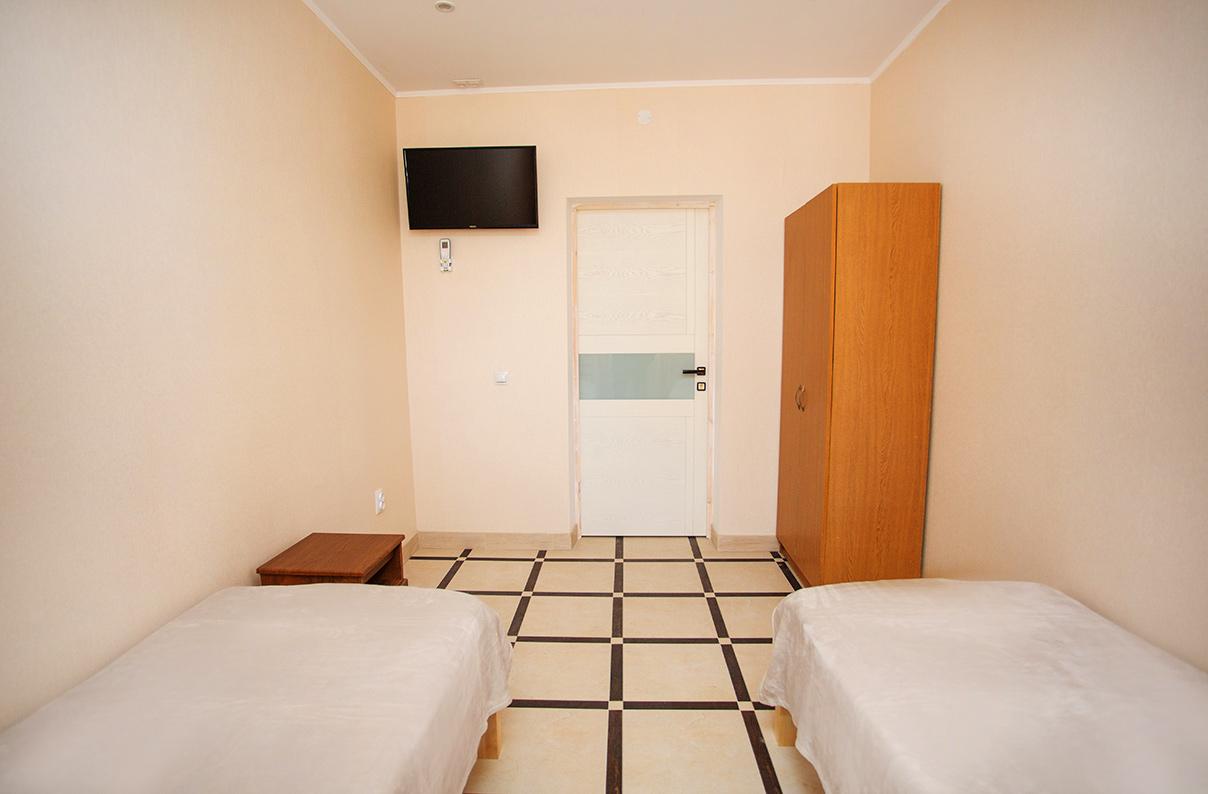 """Отель """"Лиманыч"""". 2-местный номер в корпусе"""